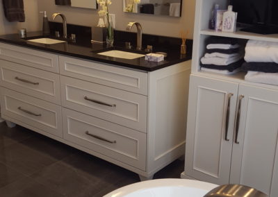 Bathroom Remodel Dura Supreme Cabinetry Prcolainosa freestanding tub 9-14-17 (2)