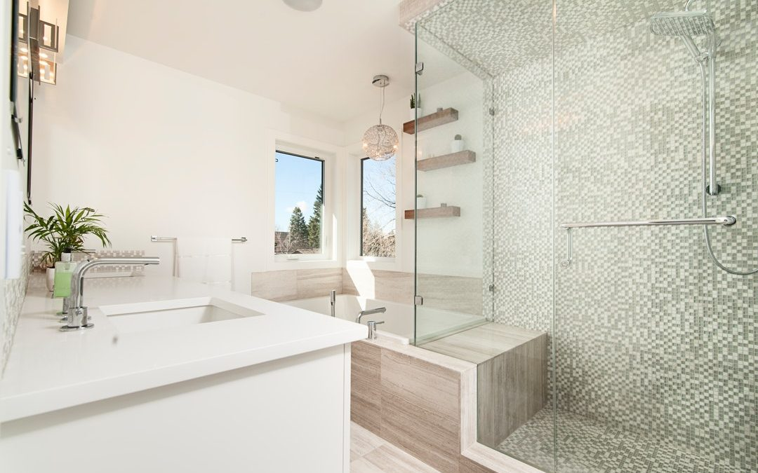 Luxuriously Lit: 5 Bathroom Lighting Ideas for Your Remodel